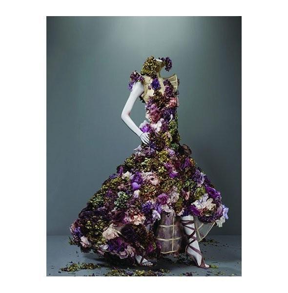 Изображение 8. Savage Beauty: выставка, посвященная Александру Маккуину.. Изображение № 4.