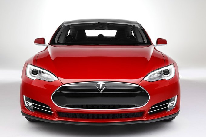 Вице-президент Apple перешёл в Tesla Motors. Изображение № 1.