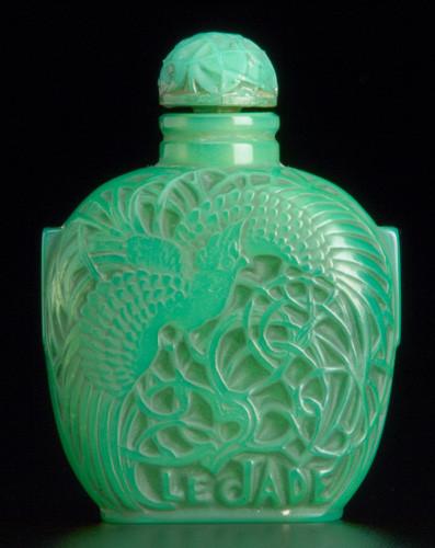 Самые красивые флаконы парфюма. Изображение № 9.