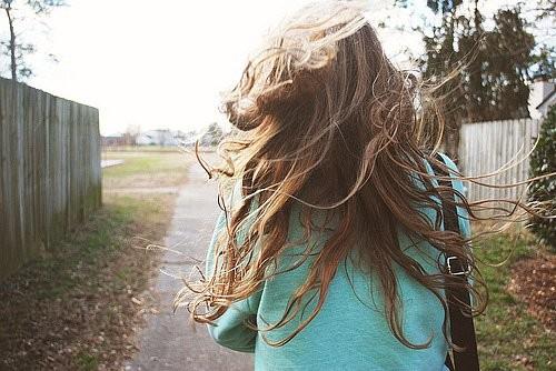 В этом есть чудо-прелесть - пускать по ветрам волоса. Изображение № 21.