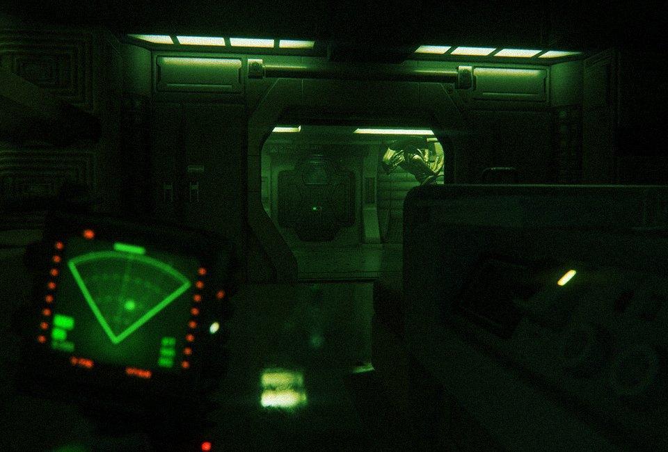 «Представь, что ты большой желтый круг!»:  Пятеро человек играют в Alien: Isolation. Изображение № 14.