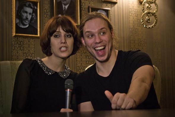 Презентация клипа группы Т9 «На расстоянии любви» в «Руки Вверх bar. Изображение № 9.