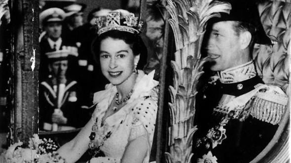 Бриллиантовая королева. Изображение № 2.