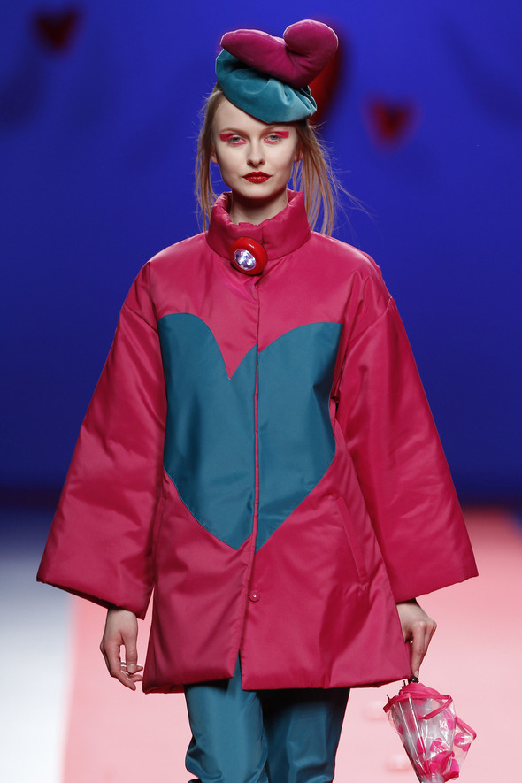 Испанцы Fall Winter 2011/2012: AGATHA RUIZ DE LA PRADA. Изображение № 16.