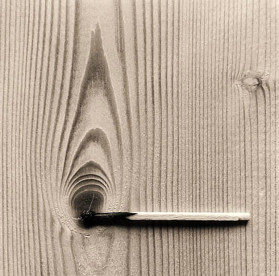 Черно-белые сюрреалистические фотографии Chema Madoz. Изображение № 3.