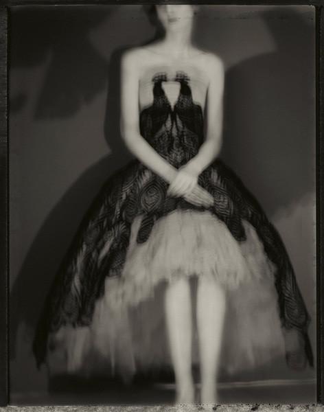 Сара Мун, фотограф: «Мода всегда будет продавать мечты — приземленные и возвышенные». Изображение №7.