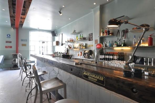Под стойку: 15 лучших интерьеров баров в 2011 году. Изображение № 1.