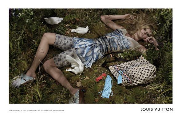 Новые рекламные кампании: готовь сани летом. Изображение № 1.