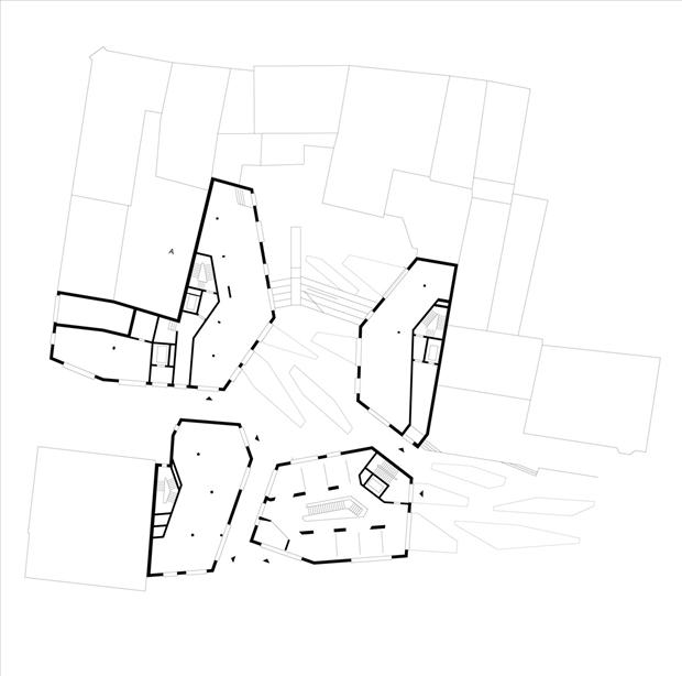 Архитектура дня: чёрно-белый квартал вцентре маленького города. Изображение № 10.