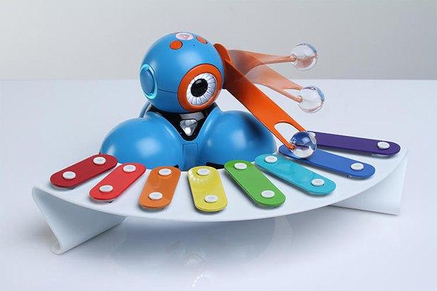 Игрушечные роботы научат детей программированию. Изображение № 1.