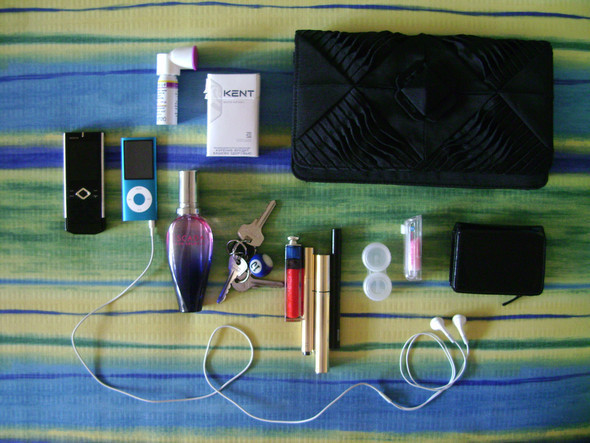 Look atMe: What's inyour bag?. Изображение № 29.