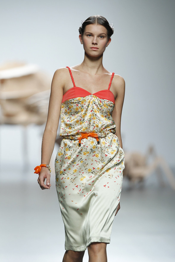 Madrid Fashion Week SS 2012: Ana Locking. Изображение № 6.