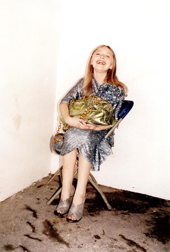 Архивная съёмка: Дакота Фаннинг для кампании Marc Jacobs SS 2007. Изображение № 7.