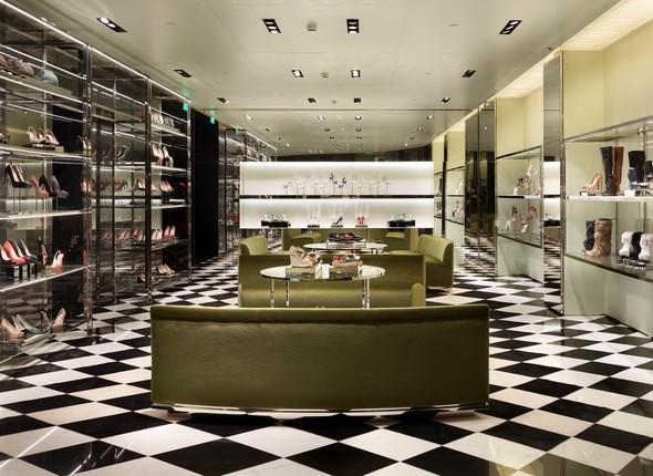 Новые магазины: Acne в Копенгагене, Dover Street Market в Токио и Prada в Москве. Изображение № 8.