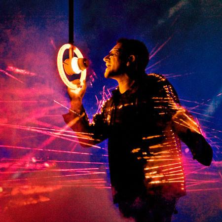 Лазерный костюм Боно. Изображение № 1.
