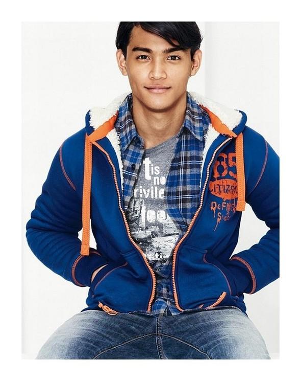 Лукбук: United Colors of Benetton Fall 2011 Menswear. Изображение № 7.