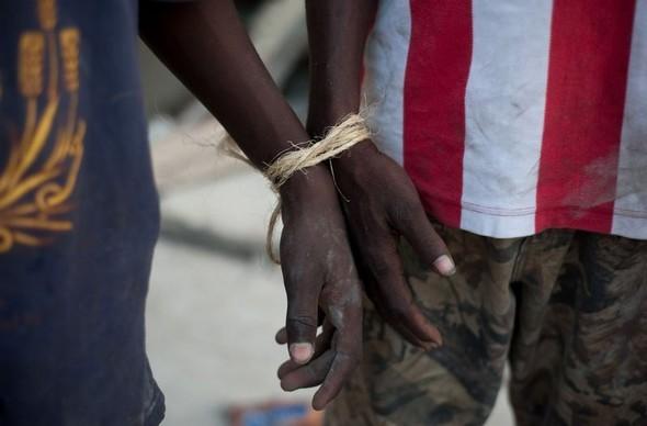 Разрушать природе на Гаити уже просто нечего!. Изображение № 21.
