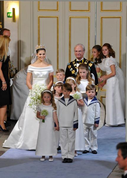 Свадьба шведской кронпринцессы Виктории. Изображение № 34.