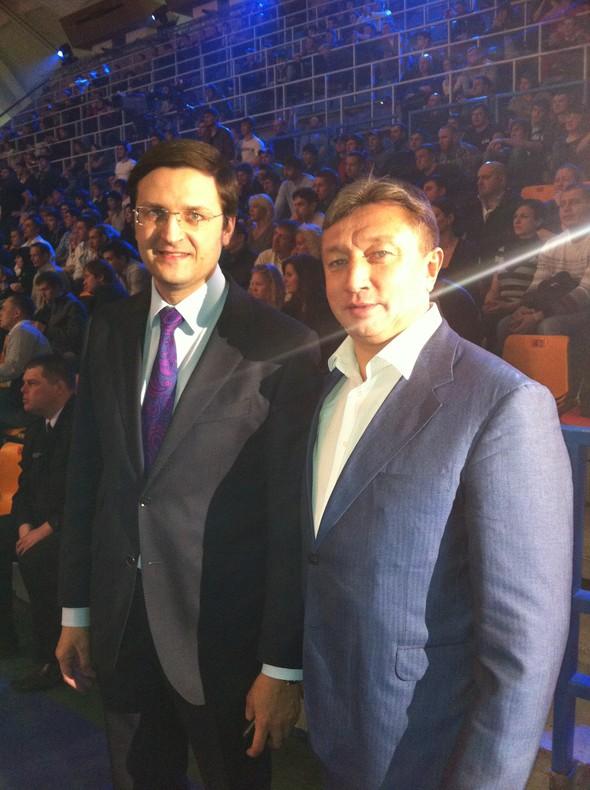 Звезды поддержали спорт на третьем этапе чемпионата России по смешанны. Изображение № 19.