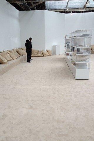 Chanel, Prada и Патрик Демаршелье открыли новые выставки. Изображение № 8.