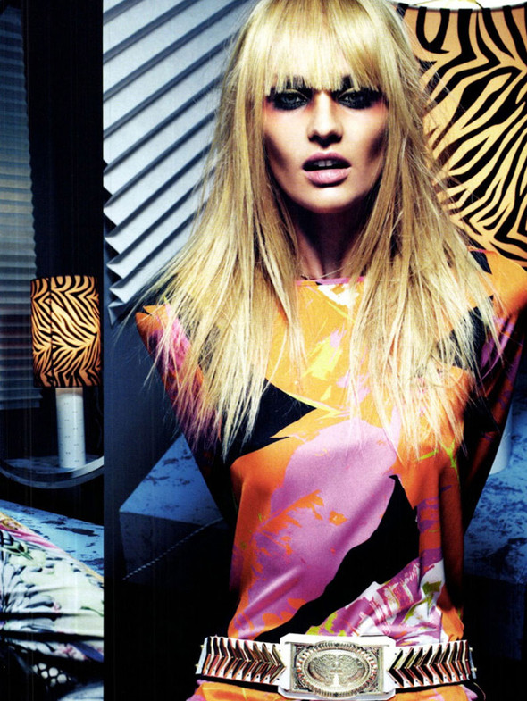 Candice Swanepoel для Vogue Italy, Март 2012. Изображение № 8.