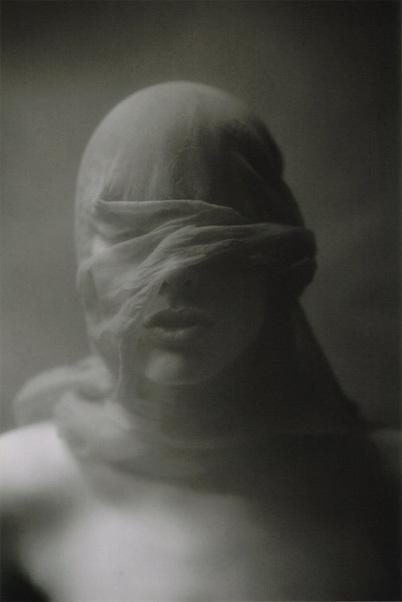 Спиритический портрет. Изображение № 16.