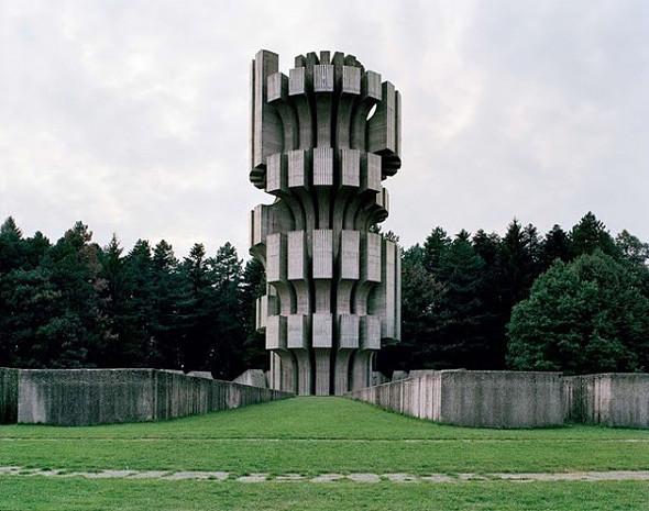 Арт-альбомы недели: 10 книг об утопической архитектуре. Изображение № 50.