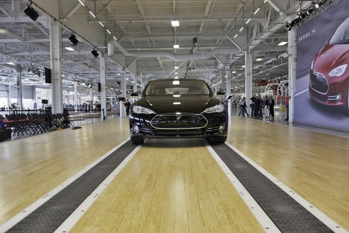 case 5 tesla motors and u s auto industry I've been on the auto beat for more than 20 years at forbes  tesla motors chief executive elon musk a rarity in the auto industry because seats are.