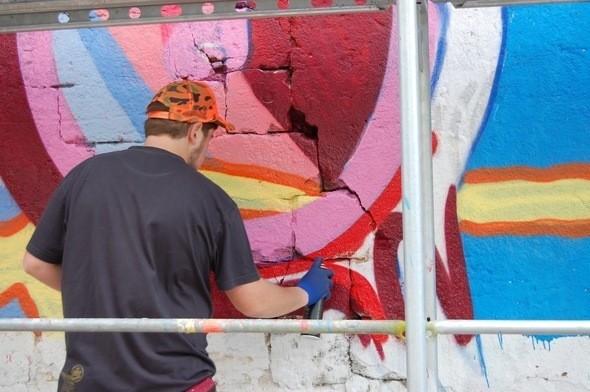 Изображение 2. Граффитчики Pepsi освежили спортплощадку в Одессе.. Изображение № 2.