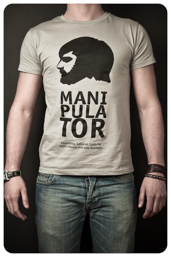 MANIPULATOR T-Shirt. Изображение № 1.