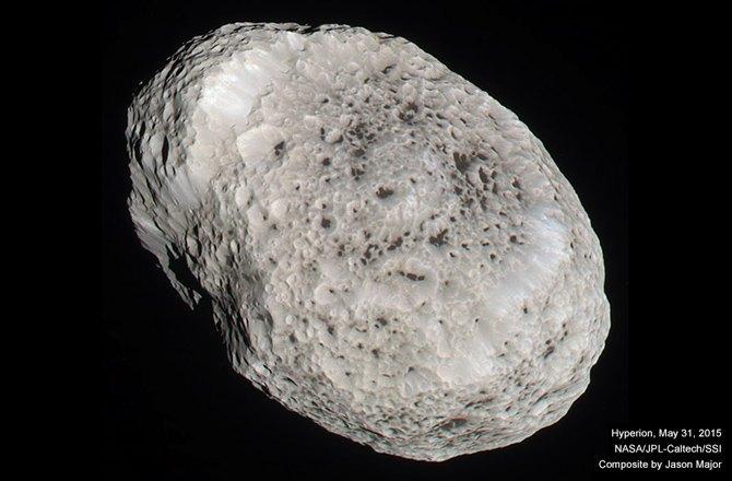 Cassini получил последние фото Гипериона . Изображение № 1.