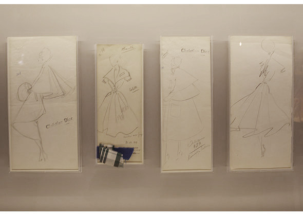 Эскизы Кристиана Диора. Изображение № 16.