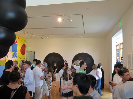 Выставка художника и дизайнера KAWS. Изображение № 21.