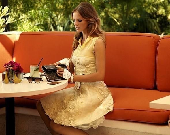 Лукбуки: Chloë Sevigny for Opening Ceremony, Louis Vuitton и Lou. Изображение № 33.
