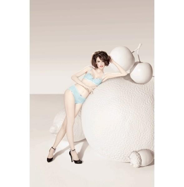 Изображение 31. Лукбуки: Intimissimi, Chantal Thomass, Victoria's Secret и другие.. Изображение № 13.