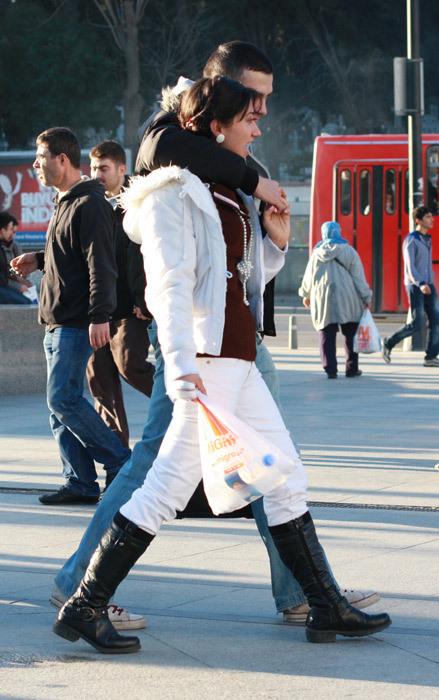 Можно либыть модным, живя вСтамбуле?. Изображение № 29.
