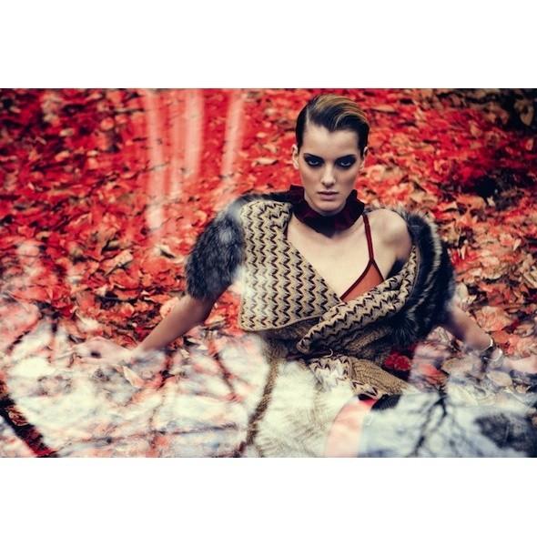 5 новых съемок: Purple Fashion, Vogue и W. Изображение № 6.