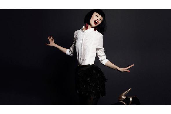 10 праздничных коллекций: H&M, Stradivarius, Zara и другие. Изображение № 65.