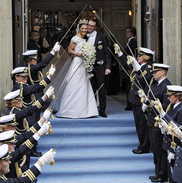 Свадьба шведской кронпринцессы Виктории. Изображение № 42.