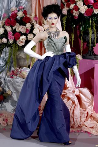 Неделя моды в Париже: Haute Couture. Изображение № 23.
