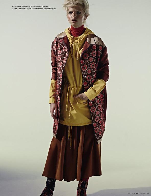 Daphne Groeneveld для i-D Spring. Изображение № 8.