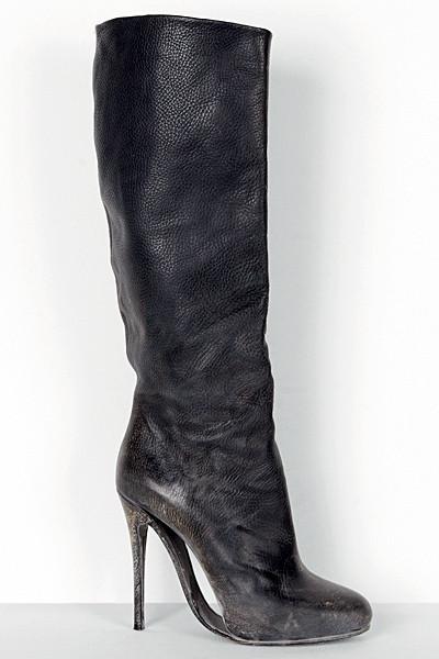Изображение 51. Лукбуки: Alexander McQueen, Maison Martin Margiela, Versace и другие.. Изображение № 49.