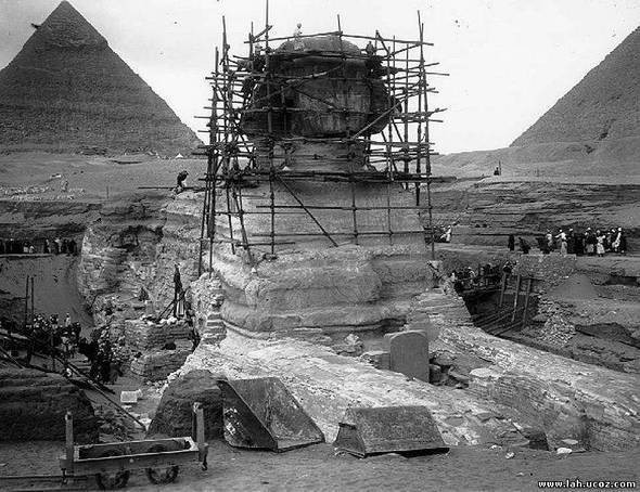 Реставрация... The Great Sphinx on December 26, 1925, undergoing restoration.. Изображение № 4.