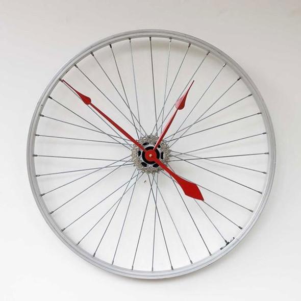 Необычный дизайн часов. Изображение № 2.