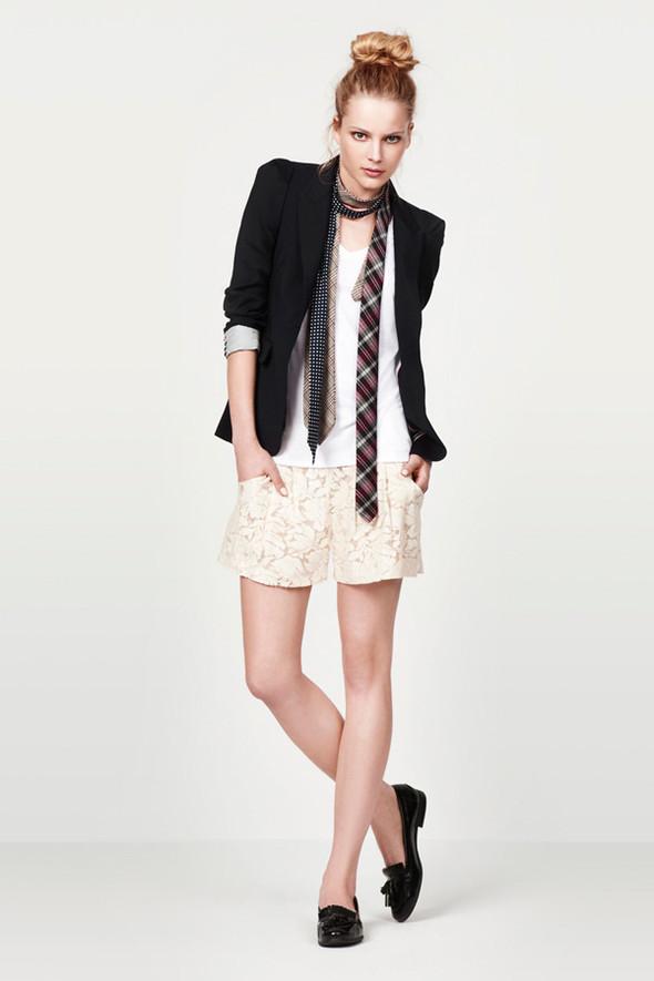 Zara Women June 2010. Изображение № 10.