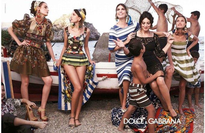 Balenciaga, Jean Paul Gaultier и Versace выпустили кампании. Изображение № 3.