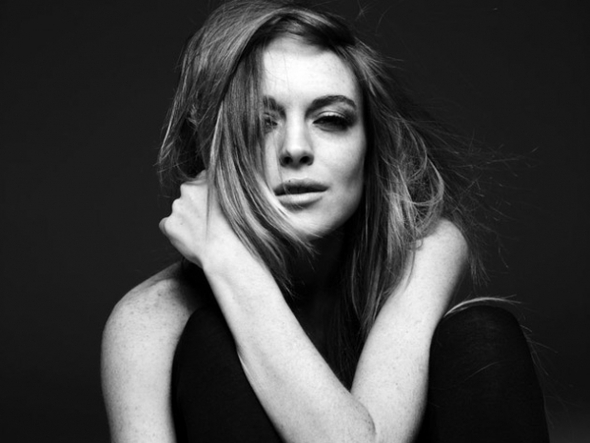 LINDSAY LOHAN BY HEDI SLIMANE PHOTOSHOOT. Изображение № 6.
