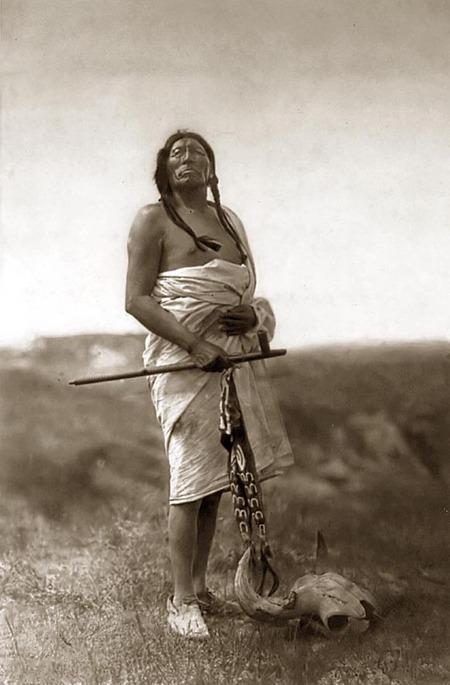 Эдвард Кертис. индейская мечта. Изображение № 13.