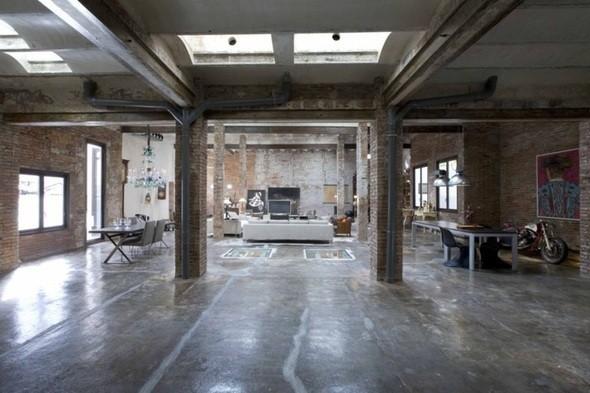 Изображение 35. Новая жизнь старых зданий.. Изображение № 34.