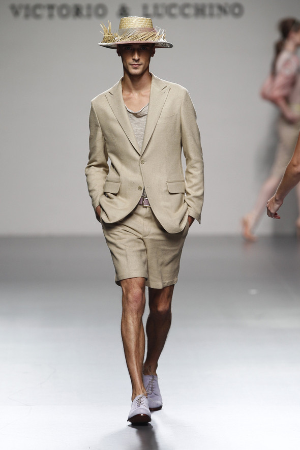 Madrid Fashion Week SS 2012: Victorio & Lucchino. Изображение № 11.